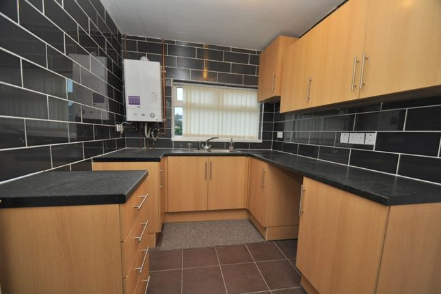 2 bed flat to rent in Aveling Green, Sneyd Green, Stoke-On-Trent ST1