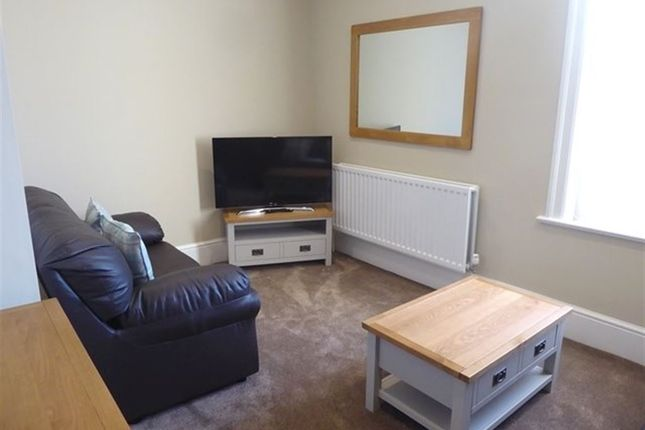 Thumbnail Flat to rent in Victoria Road, Barrow-In-Furness