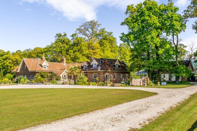 Thumbnail Detached house for sale in Old Keepers Cottage, Fox Lane, Saltmarshe, Near Howden