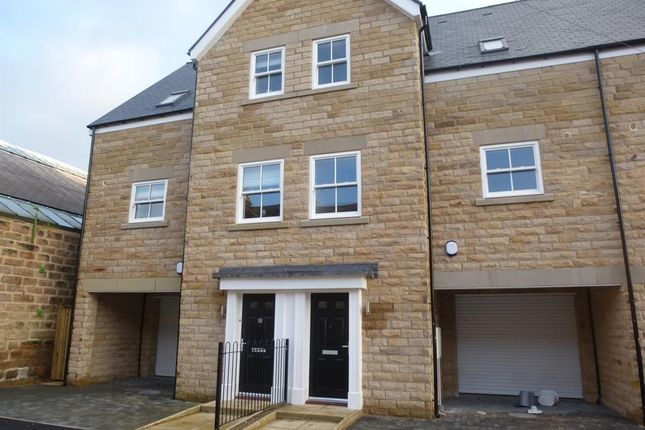 Thumbnail Town house to rent in Mornington Terrace, Harrogate
