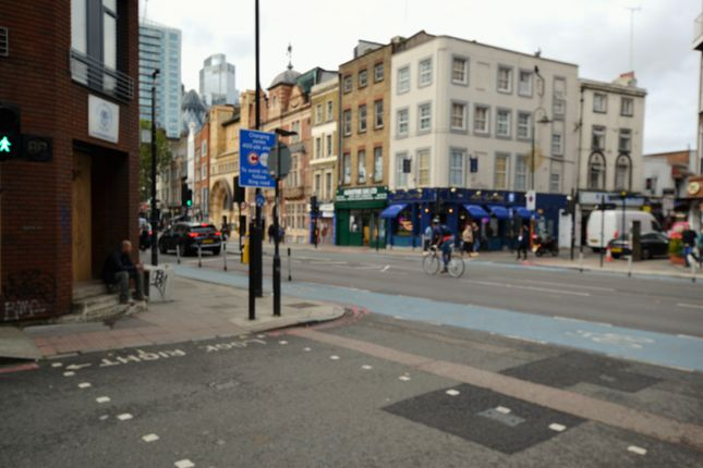 Studio to rent in London Fruit Exchange, Brushfield Street, London E1