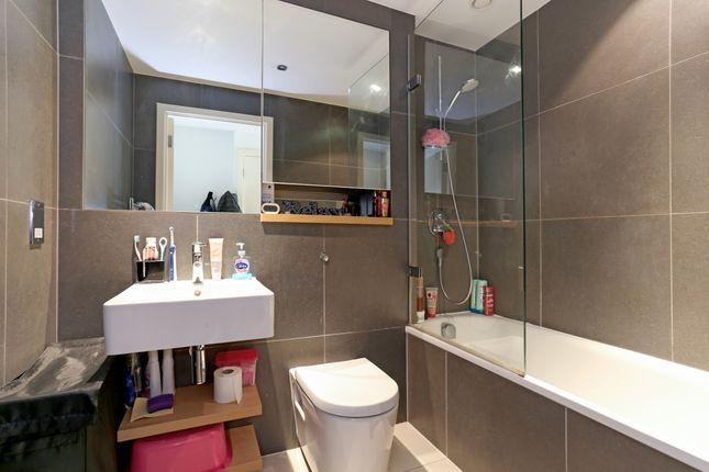 Bathroom of Station Approach, Hayes UB3
