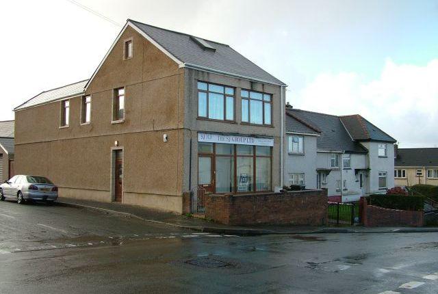 Thumbnail Flat to rent in Brynhyfryd Road, Neath