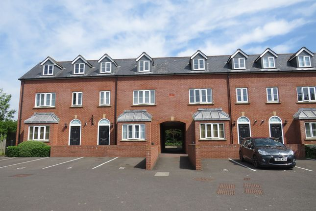 Thumbnail Flat for sale in Bindon Road, Taunton