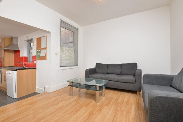 Thumbnail Shared accommodation to rent in Elton Road, Exeter