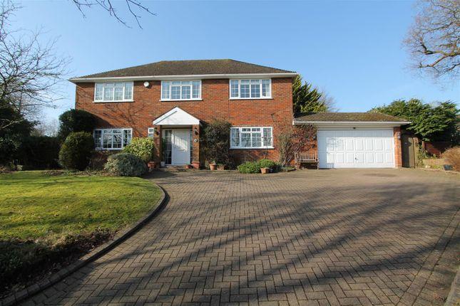 Thumbnail Detached house for sale in Silverthorn Drive, Hemel Hempstead