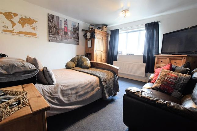 Bedroom 2 of Charterhouse Drive, Scunthorpe DN16