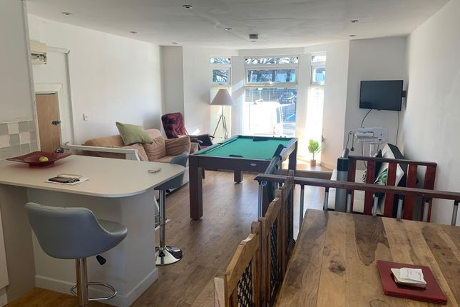 Living Room of Clare Street, Cardiff CF11