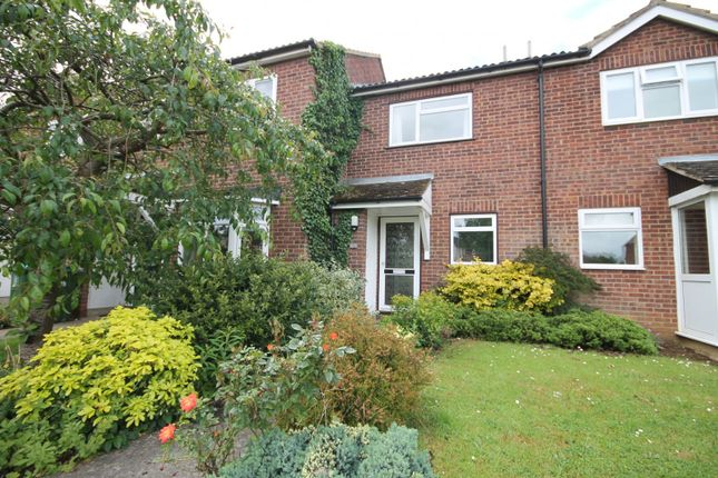 2 bed property to rent in Sheerstock, Haddenham, Aylesbury
