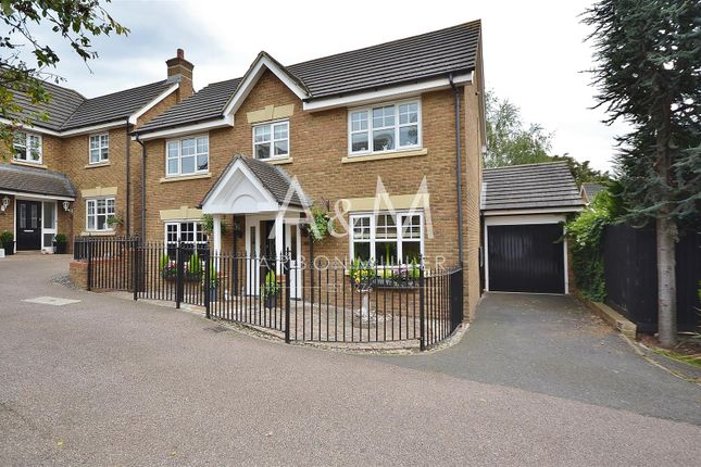 Thumbnail Detached house for sale in Acle Close, Ilford