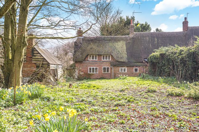 Thumbnail Cottage for sale in Berrycroft, Ashbury, Swindon