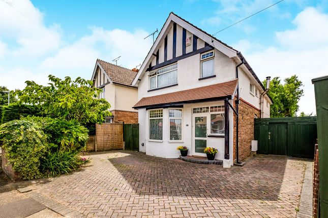Thumbnail Detached house for sale in Pavilion Road, Broadwater, Worthing