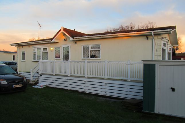 Thumbnail Mobile/park home for sale in Goodwood Drive, Lakeside Holiday Park Ref 5194, Chichester, West Sussex