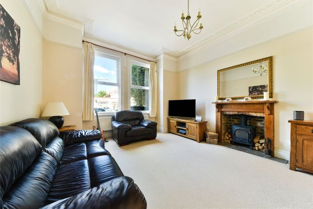 Thumbnail Flat for sale in Queens Road, Wallington