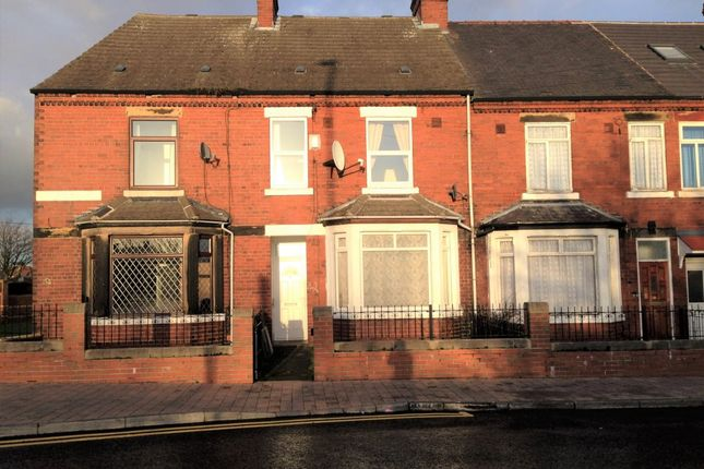 Thumbnail Property to rent in Railway Terrace, Fitzwilliam, Pontefract