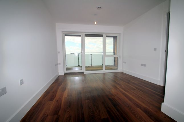 Thumbnail Flat to rent in Loudoun Road, London
