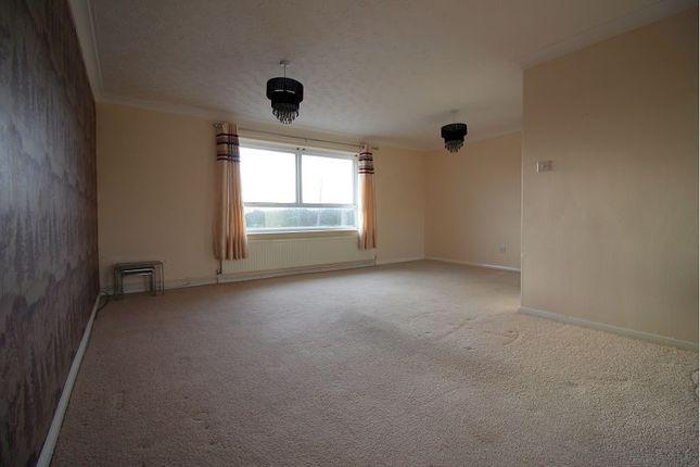Thumbnail Flat to rent in Kirton Lane, Thorne