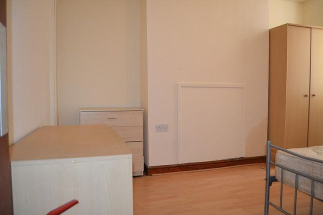 Thumbnail Shared accommodation to rent in 40, Llantrisant Street, Cathays, Cardiff, South Wales