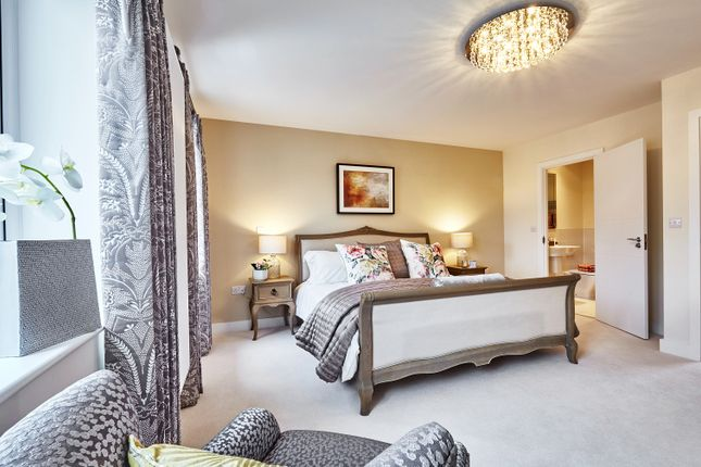 Thumbnail Terraced house for sale in Reading Gateway, Imperial Way, Reading, Berkshire