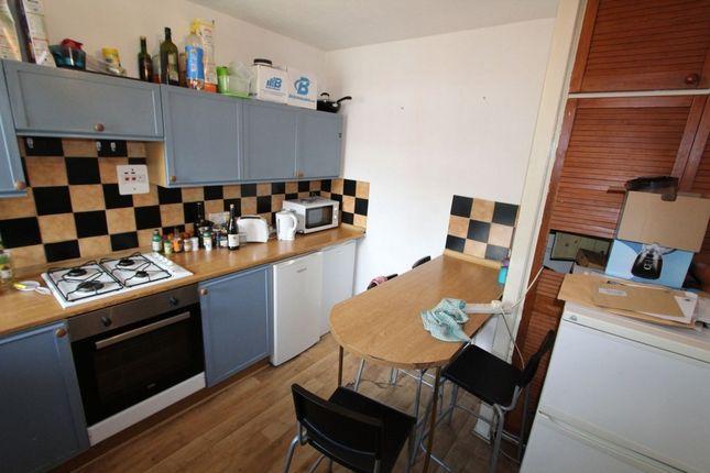 Photo 7 of James Brine House, Ravenscroft Street, Hoxton E2