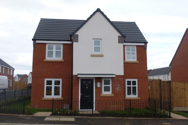 Thumbnail Property to rent in Chaucer Road, Walsall