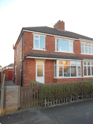Thumbnail Semi-detached house to rent in The Crofts, Scunthorpe