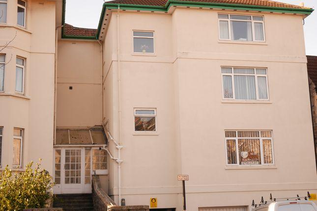 Thumbnail Flat to rent in Victoria Quadrant, Weston-Super-Mare