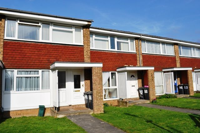 1 bed flat to rent in Woolgrove Court, Woolgrove Road, Hitchin SG4