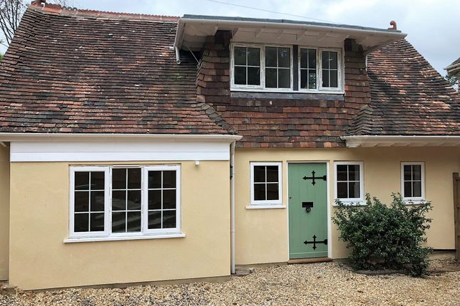Thumbnail Cottage to rent in Hindhead Road, Hindhead
