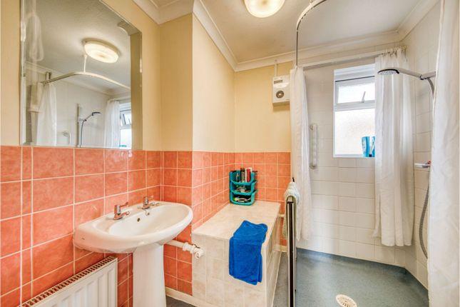 Bathroom of Gaywood Drive, Newbury RG14