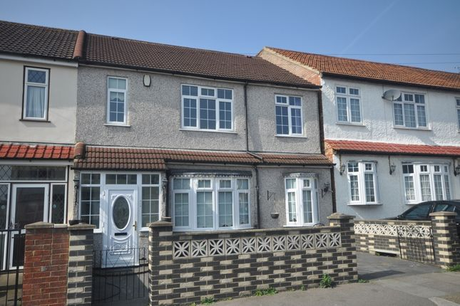 Thumbnail Semi-detached house to rent in Deepdene Road, Welling