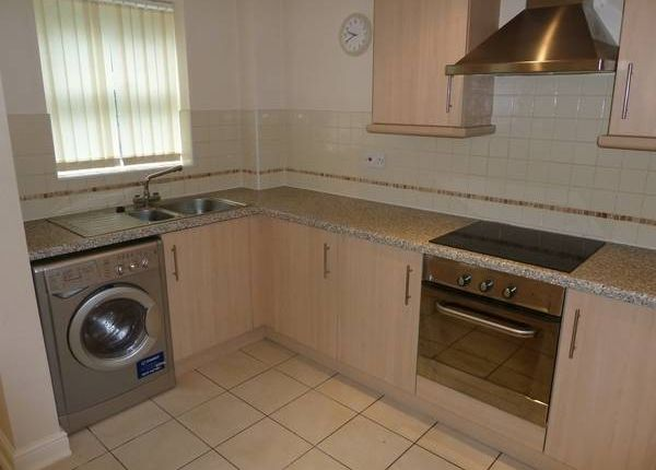 Thumbnail Flat to rent in Village Court, Brook Lane, Walsall Wood