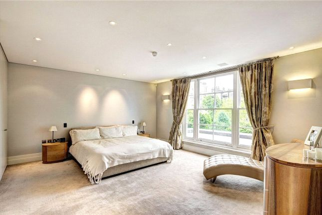 Bedroom of Clifton Hill, St John's Wood, London NW8