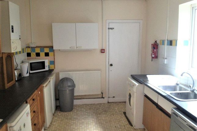 Thumbnail Terraced house to rent in 19 King Edward Road, Swansea