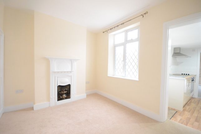 Thumbnail Semi-detached house to rent in Woodside, Blackwater, Camberley