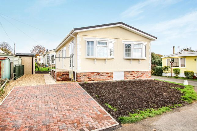 Thumbnail Mobile/park home for sale in Main Street, Upton, Huntingdon