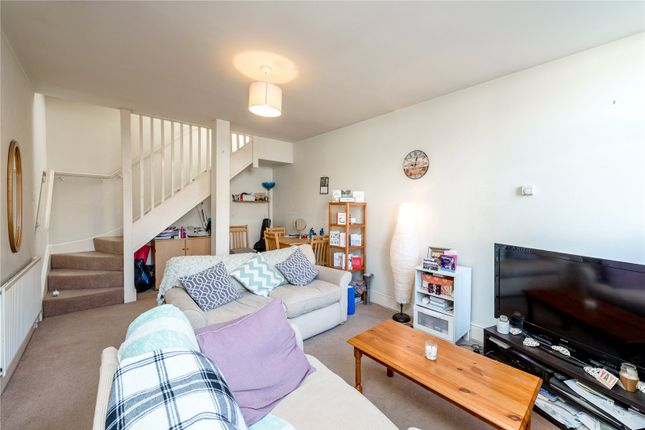 Thumbnail Terraced house to rent in Steele Road, Chiswick, London