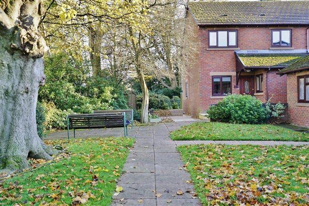 Penwortham Hall Gardens, Preston PR1