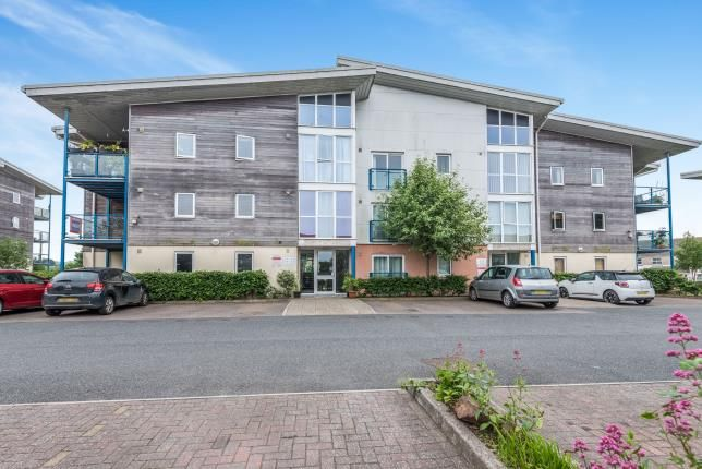 Thumbnail Flat for sale in Vyvyans Court, Camborne, Cornwall