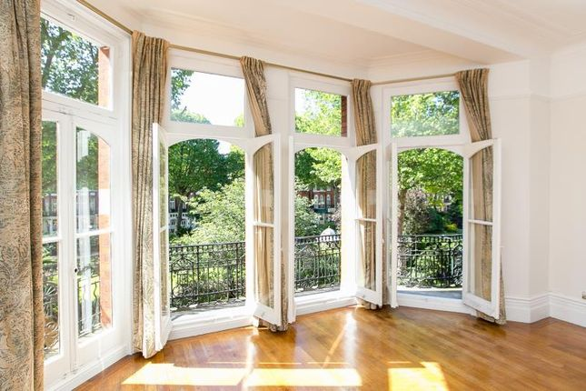 Thumbnail Flat to rent in Barkston Gardens, Earls Court, London