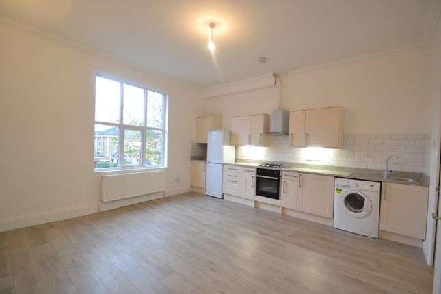 Thumbnail Duplex to rent in Kent House Road, Beckenham