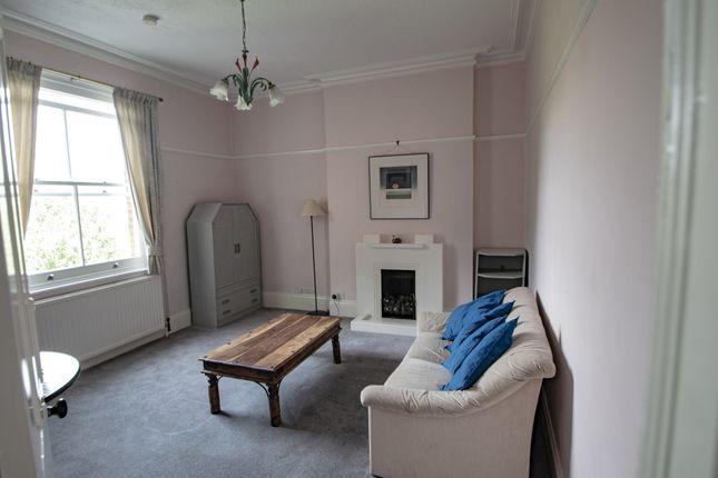 Thumbnail Flat to rent in Gordon Road, Ealing, London
