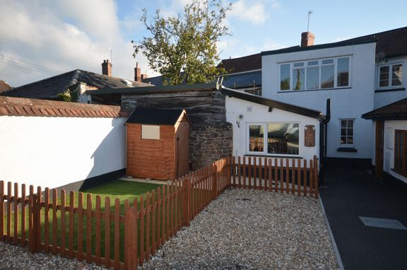 Thumbnail Cottage to rent in King Street, Silverton, Exeter
