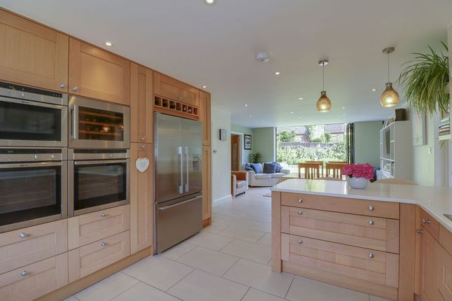 Thumbnail Link-detached house for sale in Oakwood Road, Windlesham