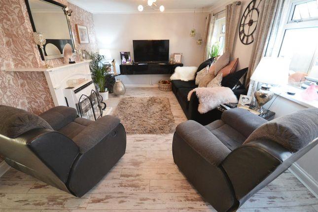 Lounge of Devon Drive, Pembroke SA71