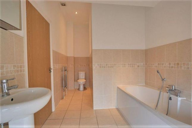 Bathroom.Png of Liverpool Road, Birkdale, Southport PR8