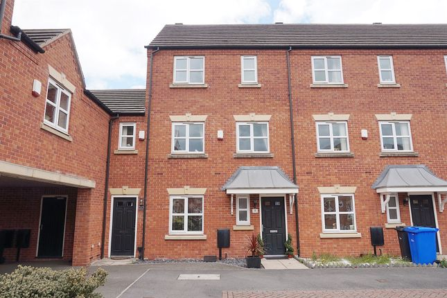 3 bed town house for sale in Blakeholme Court, Burton-On-Trent DE14