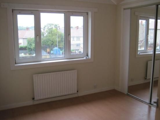 Thumbnail Flat to rent in Willow Drive, Airdrie, North Lanarkshire