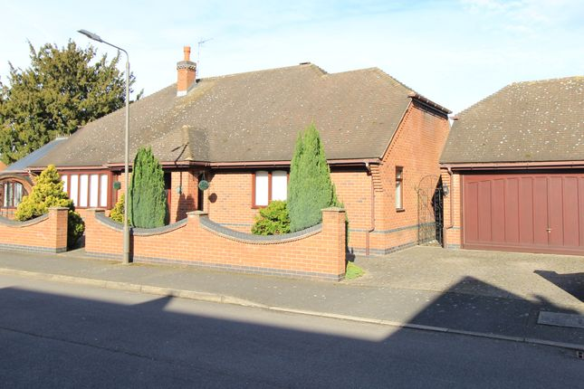 Thumbnail Detached bungalow for sale in Manorleigh, Breaston, Derbyshire