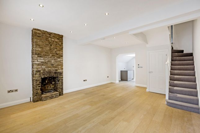 Thumbnail Property to rent in Orbain Road, London